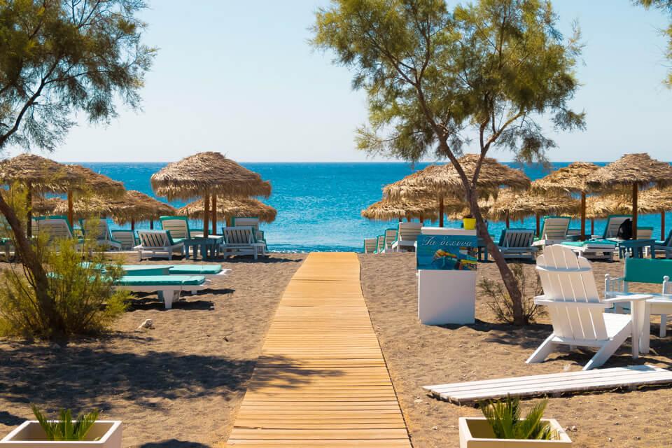 Bring the Beach Home with these Framed Décor Ideas
