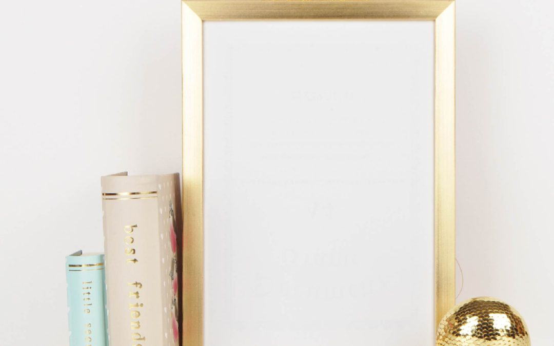 6 Professional Tips for Incorporating Metallic Picture Frames