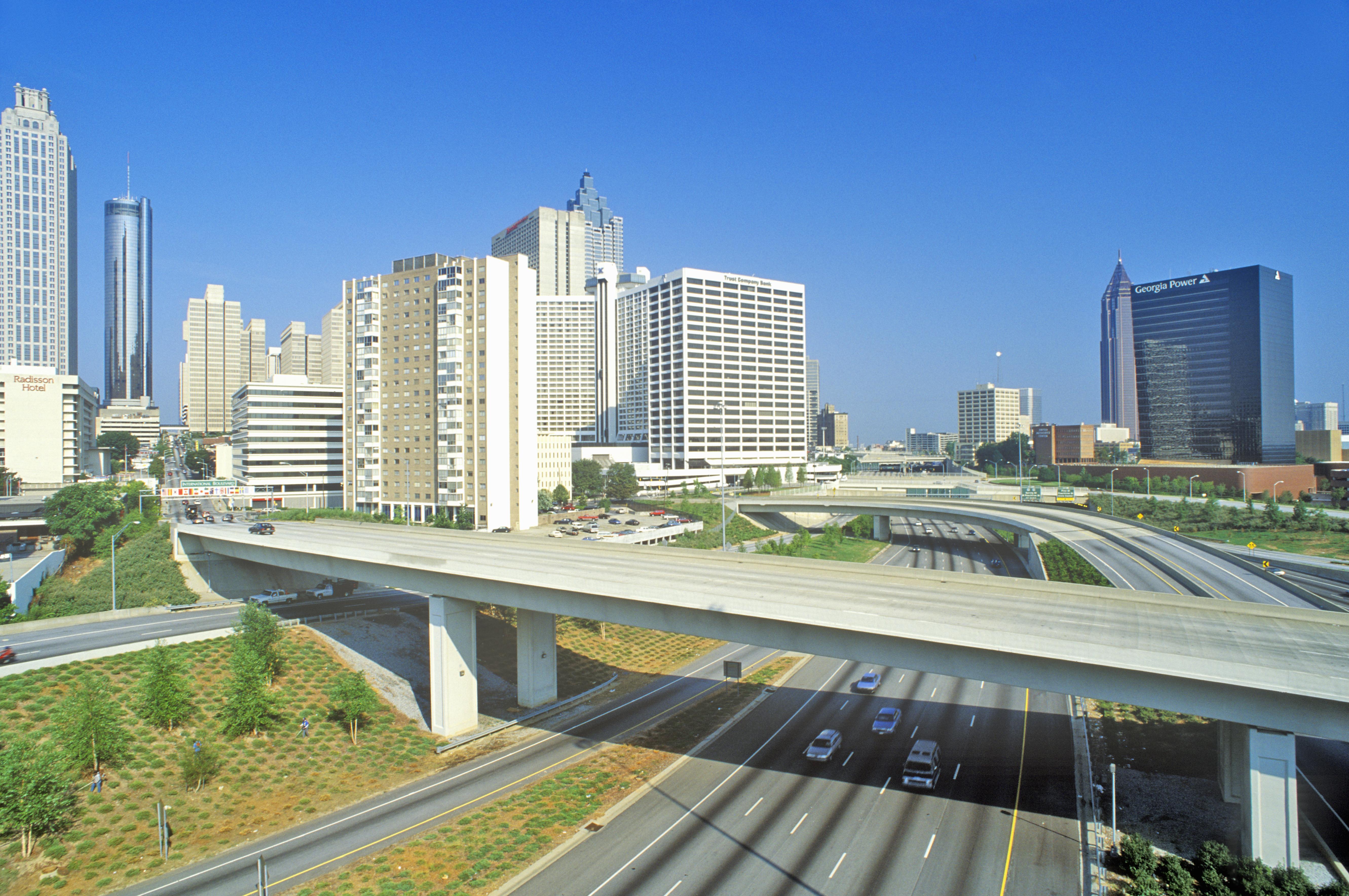highway_shutterstock_143069773