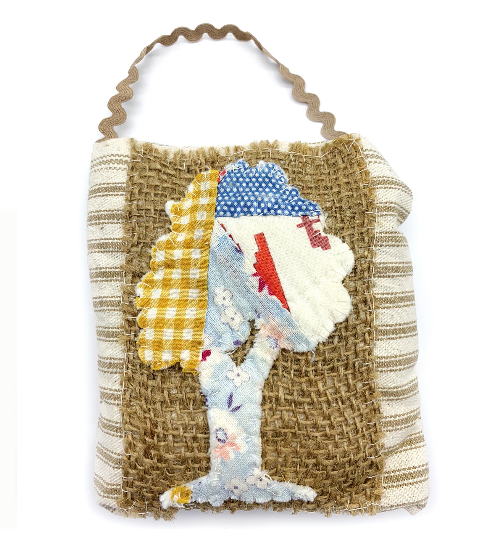 Isabella Handcrafted Cards Vintage Tree Quilt Hanger