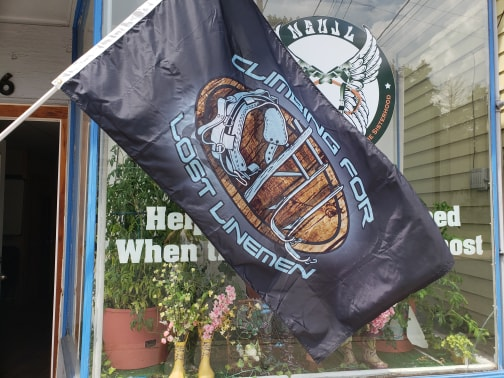 """Climbing for Lost Linemen """"Honor the Fallen"""" Outdoor Flag"""