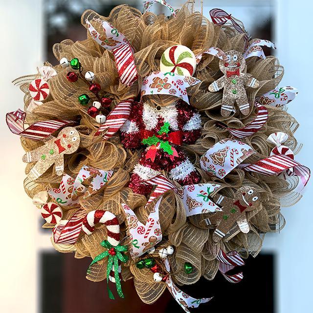 Classic Gingerbread Christmas Wreath