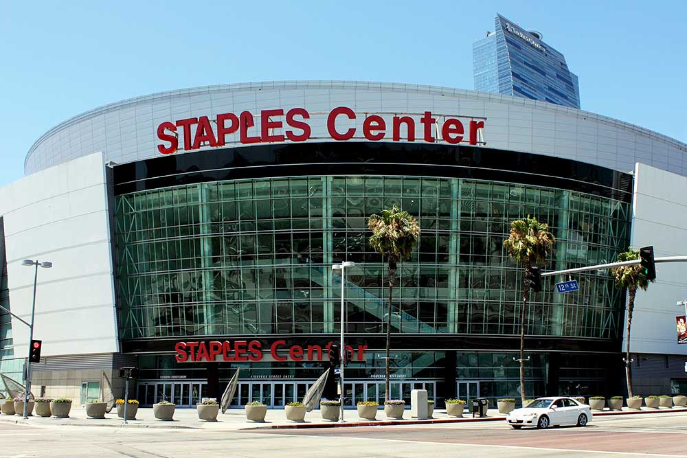 Town Car Service to Staples Center