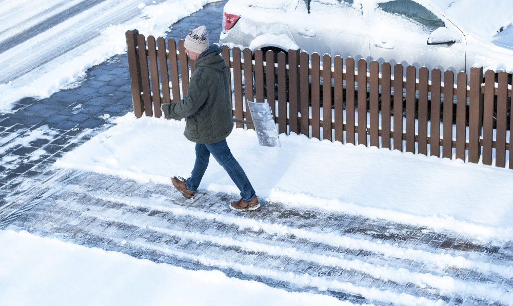 how to avoid slipping on ice this winter