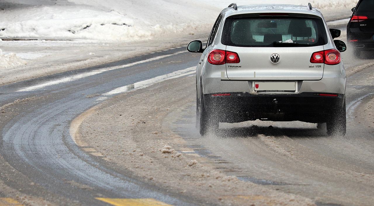 snow tires vs all season tires winter accident injuires