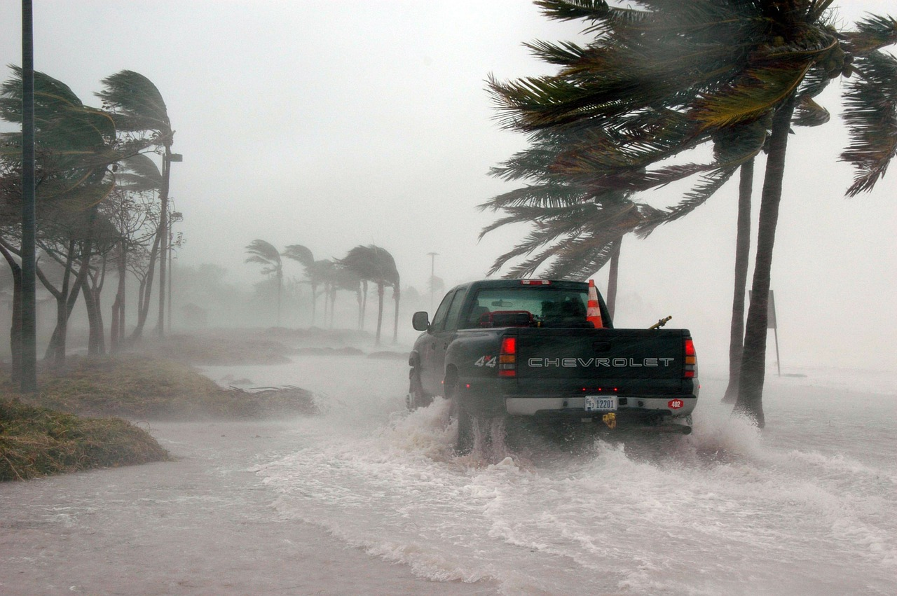 how to avoid flash floods picture 2