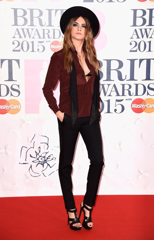 cara-delevingne-brit-awards-2015-brits1