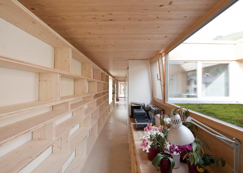 37-M-House-by-Juri-Troy-Architects_dezeen_784_0