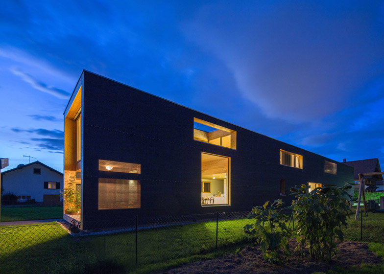37-M-House-by-Juri-Troy-Architects_dezeen_784_7