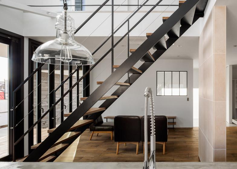 Circle-House-by-Kichi-Architectural-Design_dezeen_784_16