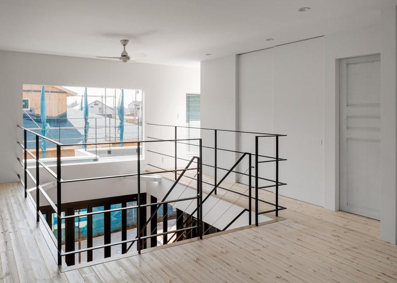 Circle-House-by-Kichi-Architectural-Design_dezeen_784_19