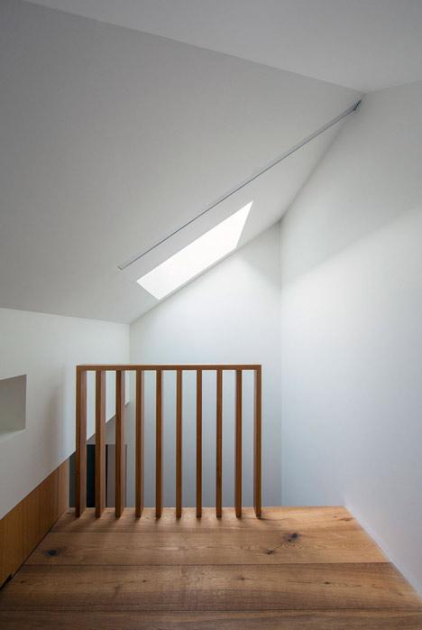 Glebe-House-by-Nobbs-Radford-Architects-extends-a-Sydney-residence_dezeen_19