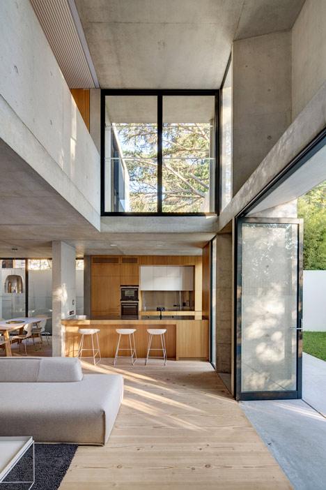 Glebe-House-by-Nobbs-Radford-Architects-extends-a-Sydney-residence_dezeen_3