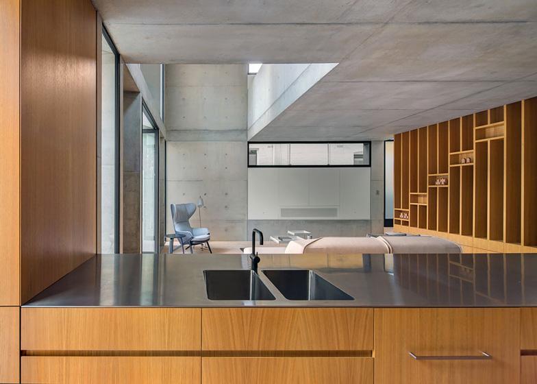 Glebe-House-by-Nobbs-Radford-Architects-extends-a-Sydney-residence_dezeen_ss_7