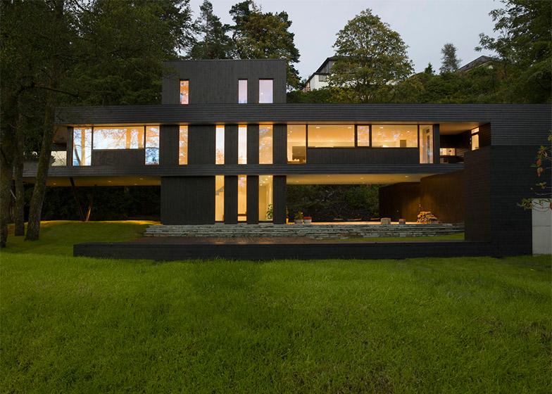 Villa-S-by-Todd-Saunders_dezeen_784_11