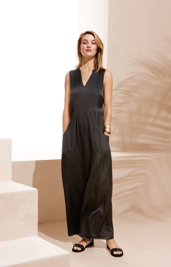 marks-and-spencer-05442_Shot_02_133_EXT