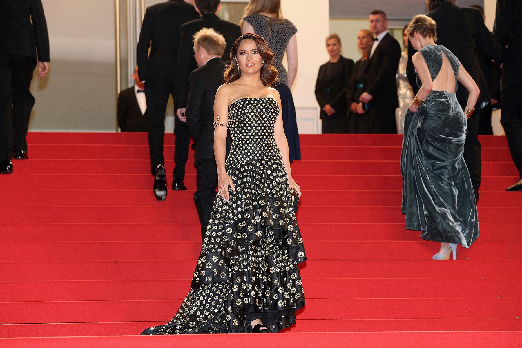 06-Best-Dressed-Salma-Hayek