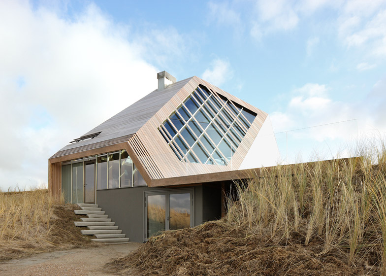 Dune-House-by-Marc-Koehler-Architects_dezeen_784_2