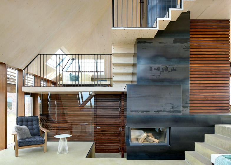 Dune-House-by-Marc-Koehler-Architects_dezeen_784_5