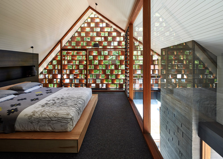 Local-House-by-MAKE-architecture_dezeen_784_1