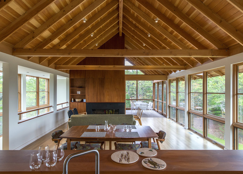 North-Pamet-Ridge-House-by-Hammer-Architects_dezeen_784_0