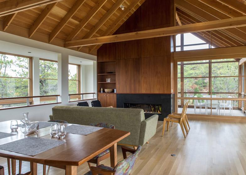 North-Pamet-Ridge-House-by-Hammer-Architects_dezeen_784_1