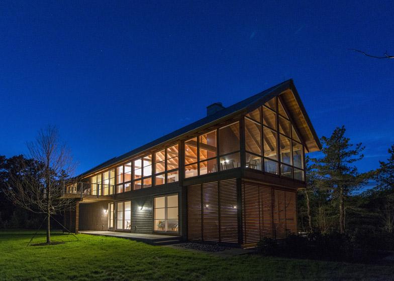 North-Pamet-Ridge-House-by-Hammer-Architects_dezeen_784_10