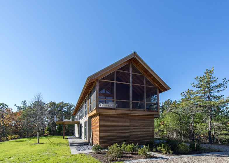 North-Pamet-Ridge-House-by-Hammer-Architects_dezeen_784_13