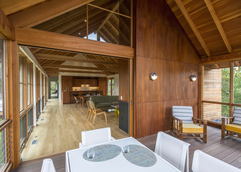 North-Pamet-Ridge-House-by-Hammer-Architects_dezeen_784_2
