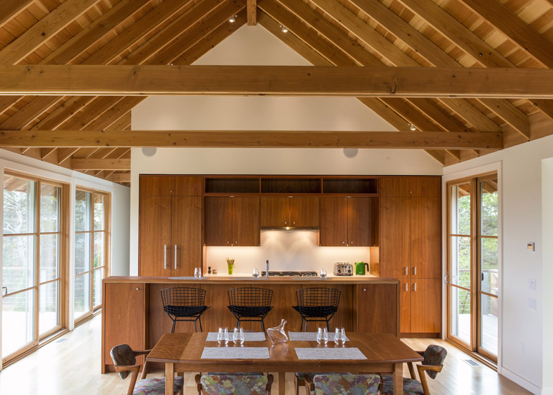 North-Pamet-Ridge-House-by-Hammer-Architects_dezeen_784_3