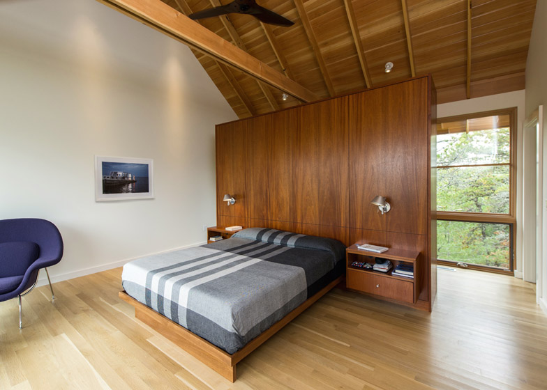 North-Pamet-Ridge-House-by-Hammer-Architects_dezeen_784_6
