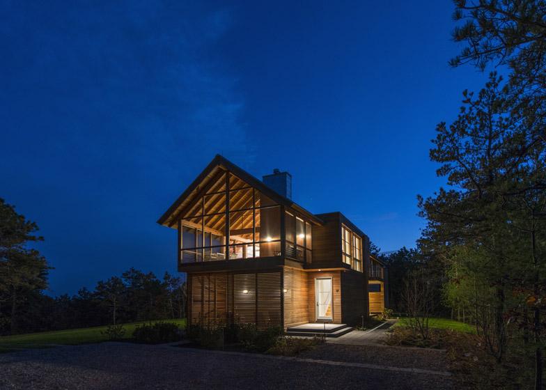 North-Pamet-Ridge-House-by-Hammer-Architects_dezeen_784_7