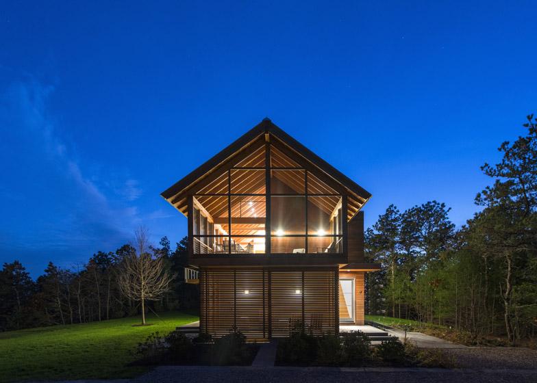 North-Pamet-Ridge-House-by-Hammer-Architects_dezeen_784_8