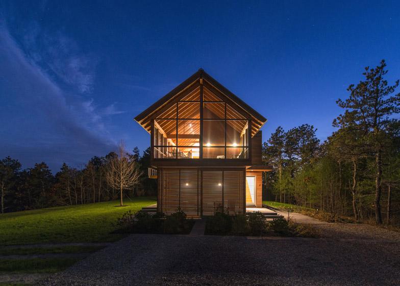 North-Pamet-Ridge-House-by-Hammer-Architects_dezeen_784_9