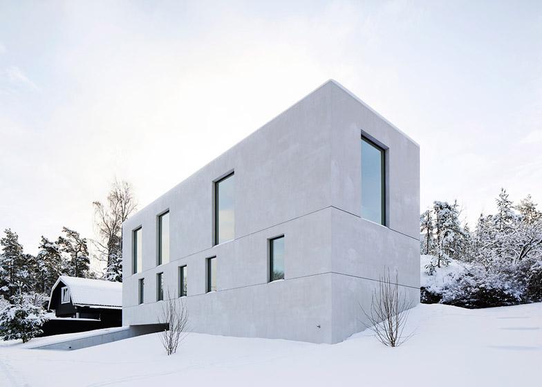 Villa-Mortnas-by-Fourfoursixsix-Architects_dezeen_784_2