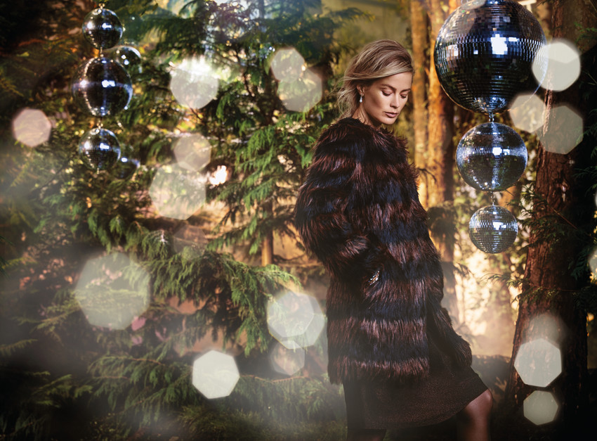 marks-and-spencer-07562_SHOT09_050_Sparkle_EXT_H_W-scr