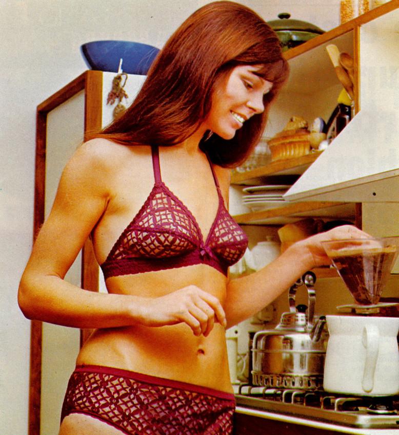 1973 Jan bra and knickers-scr