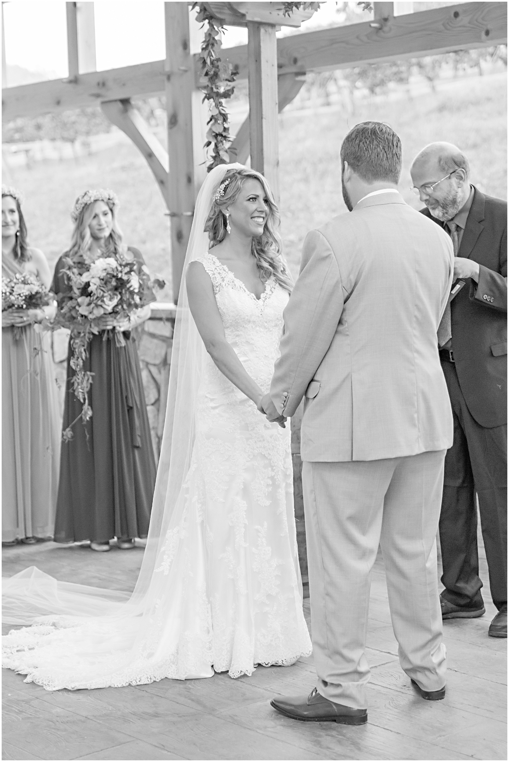 caitlinsean-creeksedgewinery-lovettsville-virginia-wedding00030