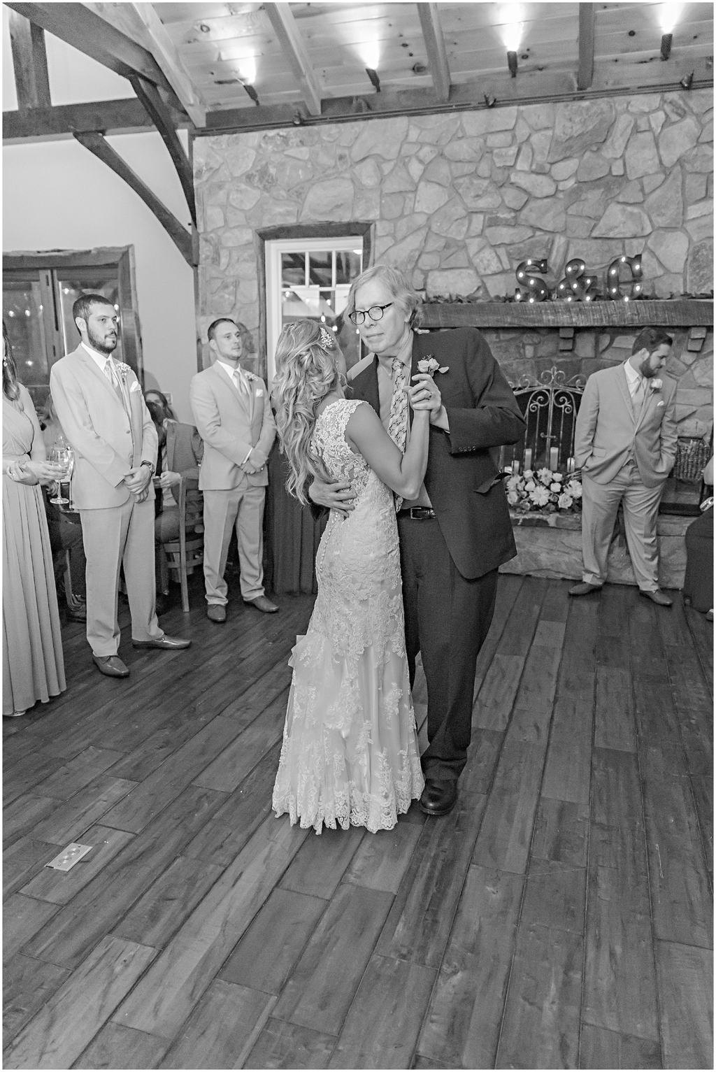 caitlinsean-creeksedgewinery-lovettsville-virginia-wedding00064