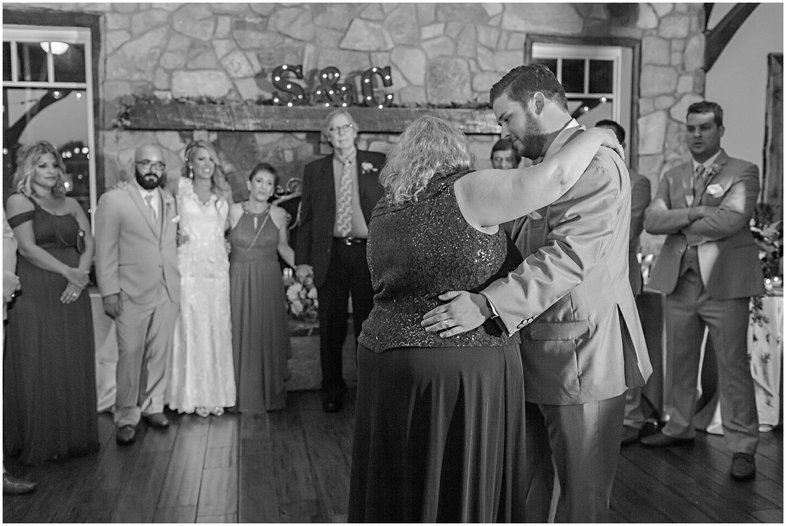 caitlinsean-creeksedgewinery-lovettsville-virginia-wedding00067