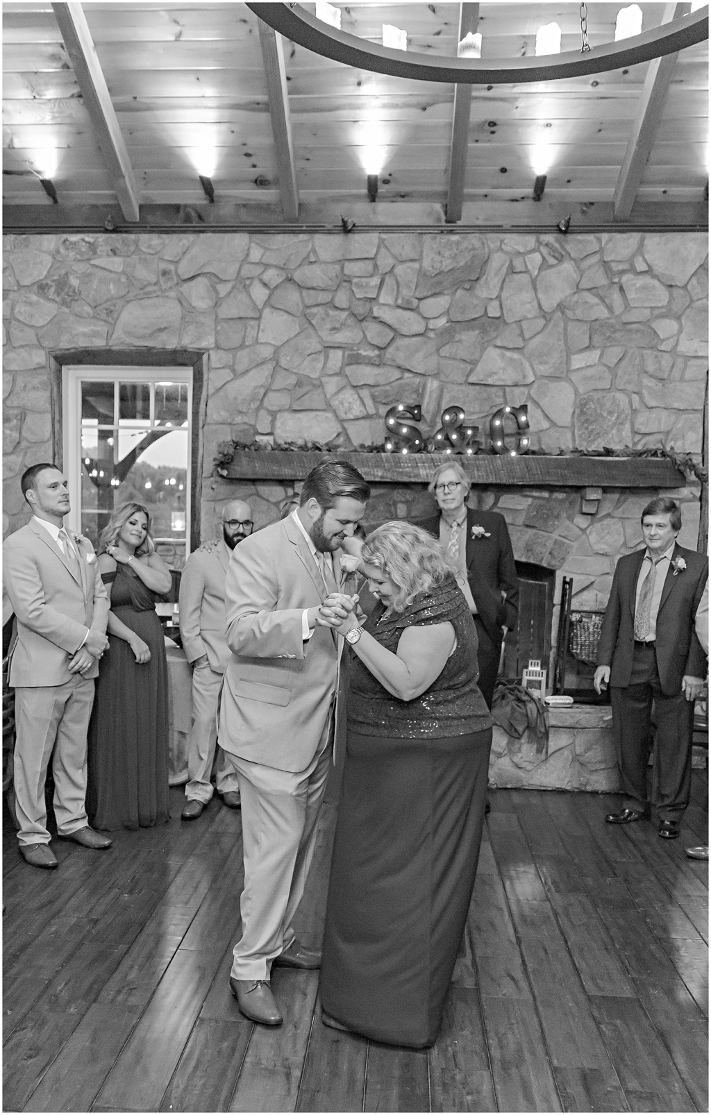 caitlinsean-creeksedgewinery-lovettsville-virginia-wedding00068