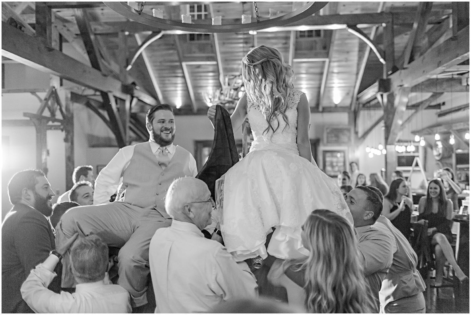 caitlinsean-creeksedgewinery-lovettsville-virginia-wedding00082