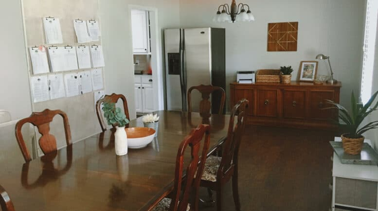 Women's alcohol treatment centers - Threshold-Recovery Living Room