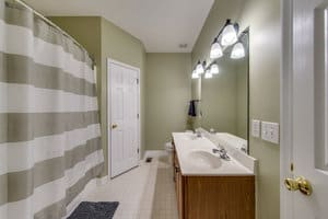 Mens and Womens Addiction Recovery bathroom interior - Threshold-Recovery