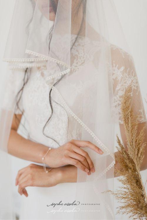 accessoire pour mariée voile en tulle doux avec liseré de guipure