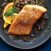 Roasted arctic char & lentil salad