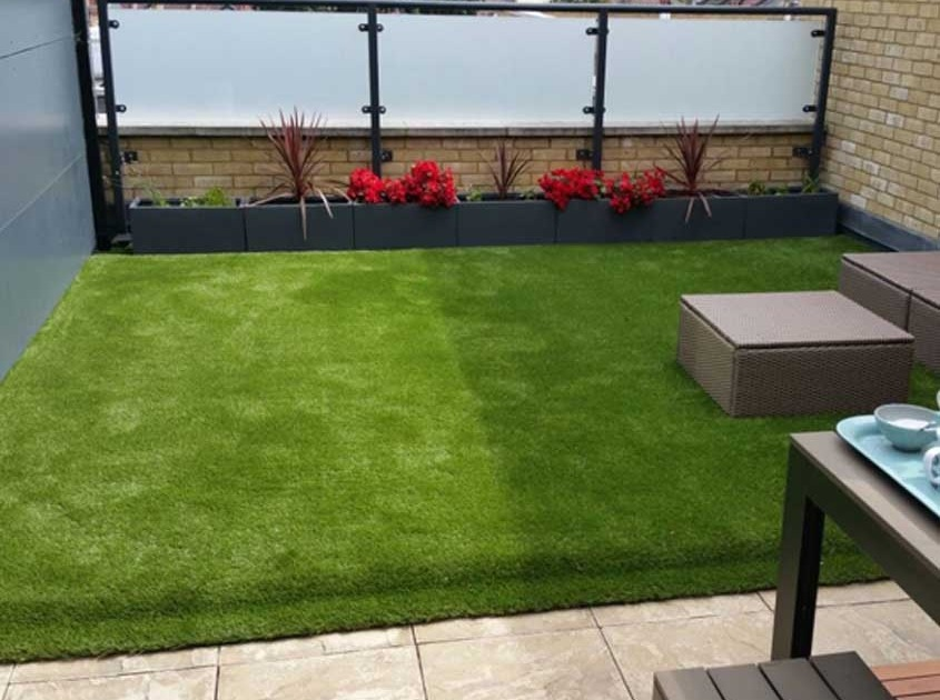 Artificial Putting Green Installation in St Louis