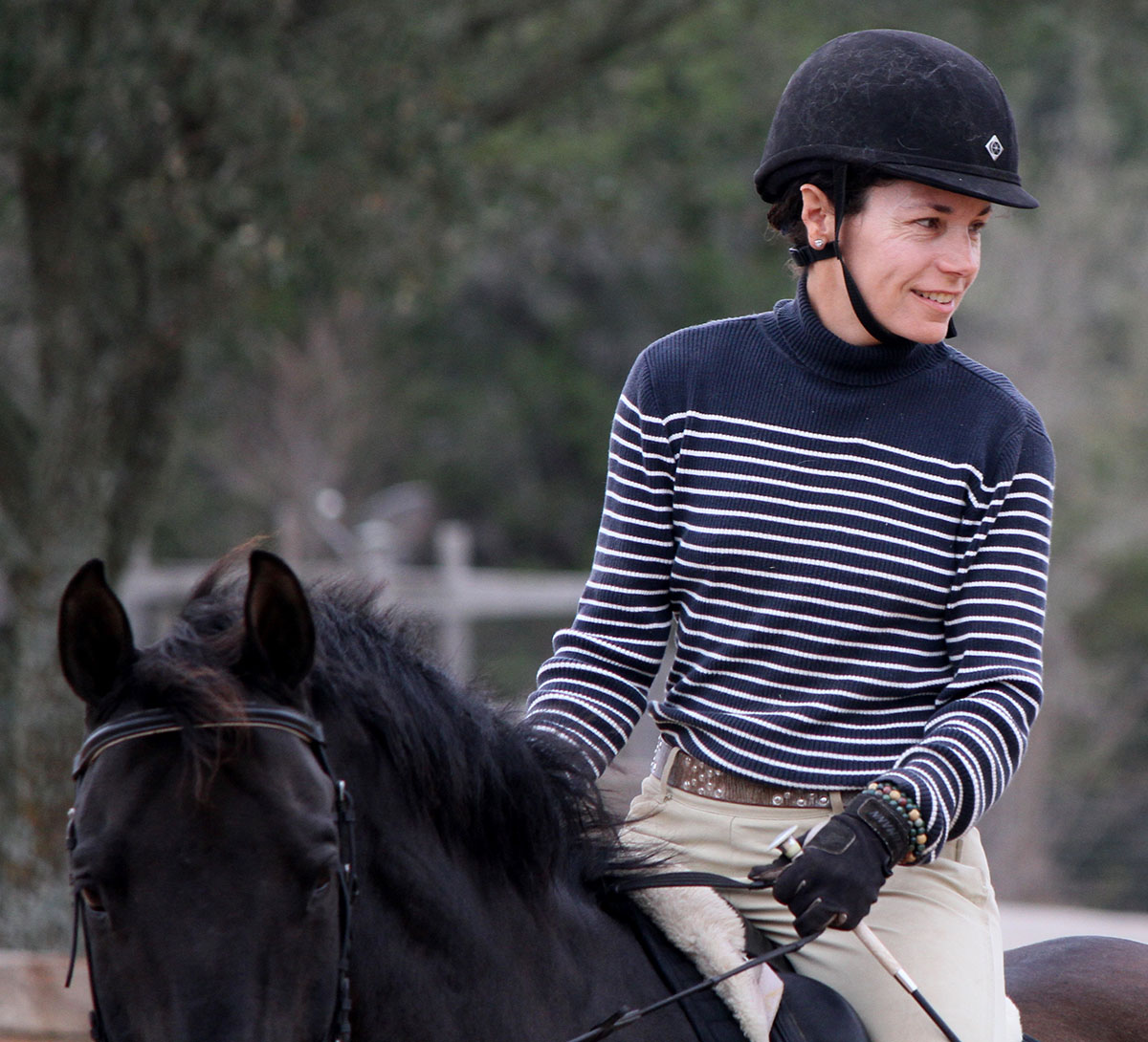 Suzanne Warmack riding horse