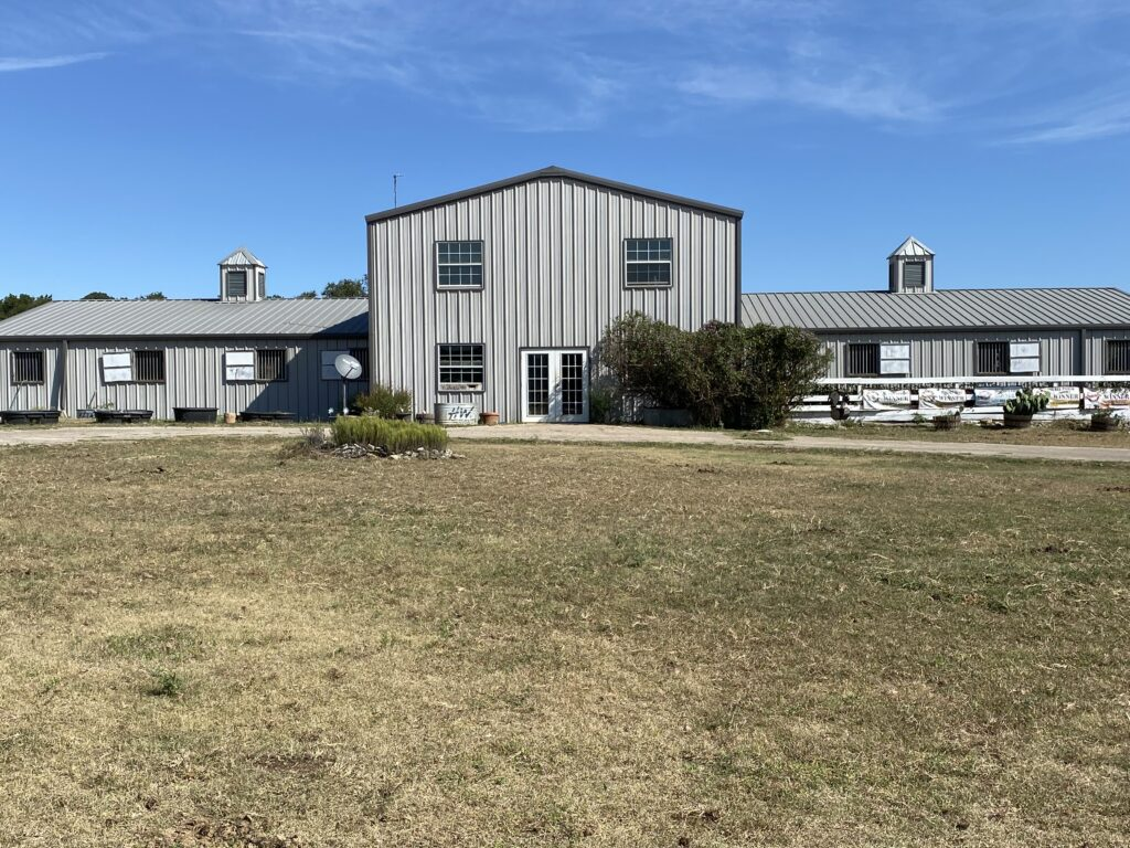 Bel Canto Farm equestrian facility front of horse barn