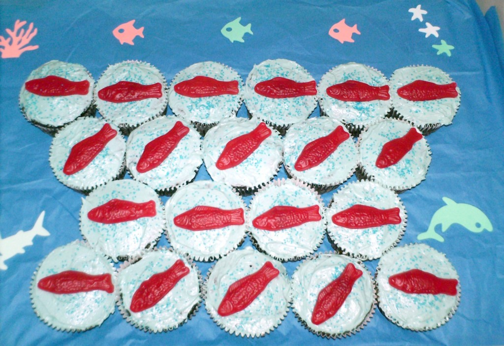 Easy Ocean Cupcakes (2 Ways)